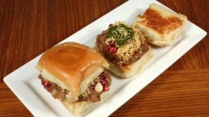 dabeli_spicy_potato_sandwich